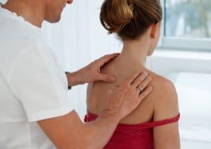 Behandlung eines Osteopathen