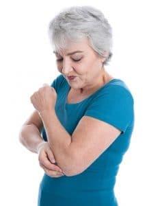 Patientin mit Gelenkschmerzen