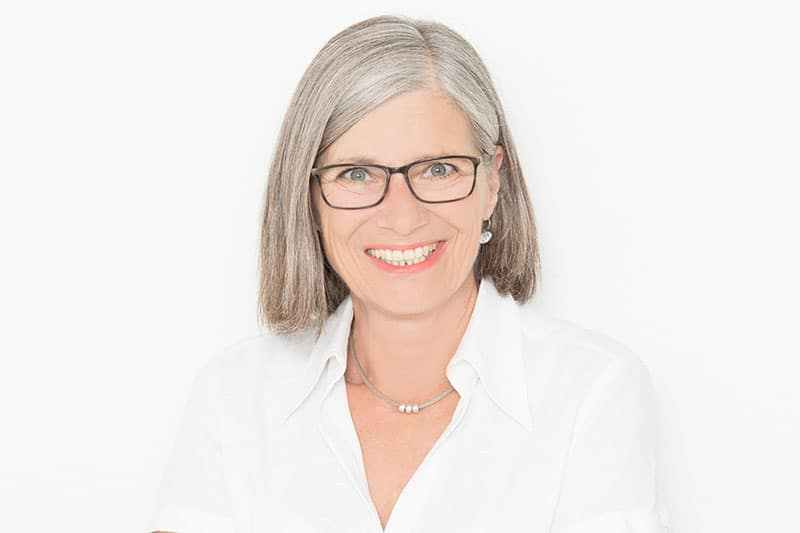 Patientenbetreuung & Terminanfragen: Gabriele Menzinger